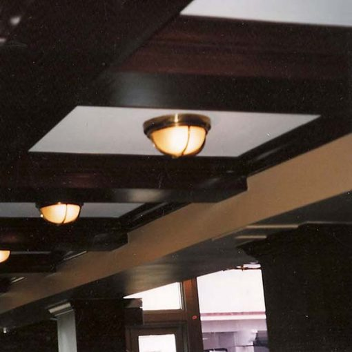 Bulkhead Light W Cross Bar Shiplights
